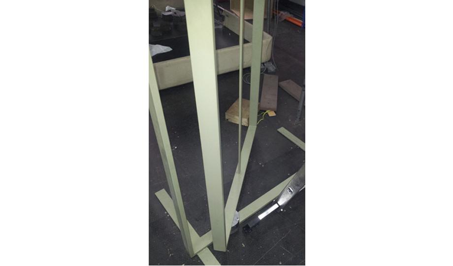 Detalle de la pieza montada en el bastidor